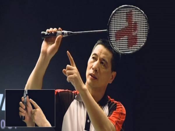 Cách cầm vợt cầu lông đúng chuẩn kỹ thuật cơ bản nhất
